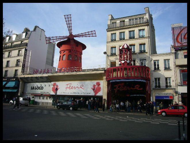 ■街角の劇場(PARIS)_a0008105_462349.jpg