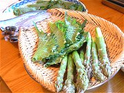 旬の山菜天ぷら、美味し♪_f0019247_1744547.jpg
