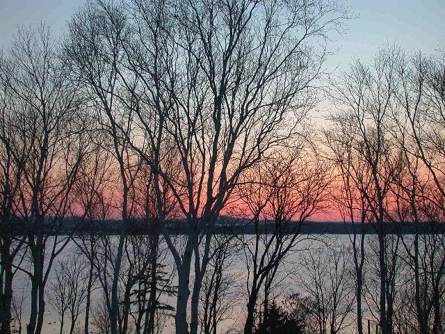 早春の北海道半周紀その3:浜頓別クッチャロ湖の夕焼け_e0100772_23455684.jpg