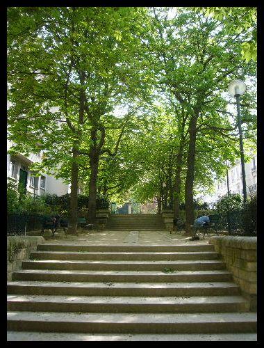 ■街角の公園(パリ)_a0008105_858125.jpg