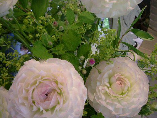 オークリーフ花の教室(北村さんの作品)_f0049672_16202468.jpg