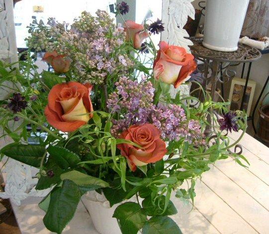 オークリーフ花の教室(そまきさん(上)と落合さん(下)の作品_f0049672_16304989.jpg