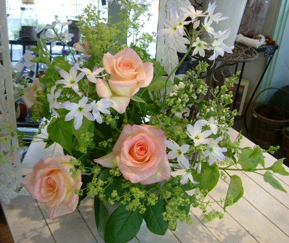 オークリーフ花の教室(そまきさん(上)と落合さん(下)の作品_f0049672_16311385.jpg