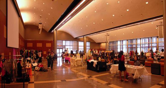 若手デザイナーの集う場所 The Style market at FIT_b0007805_22467.jpg