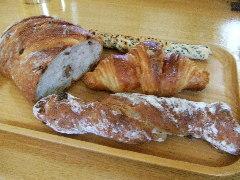 東京のパン屋さん・ベッカライ ブロートハイム&ポワンタージュ_c0055363_2219511.jpg