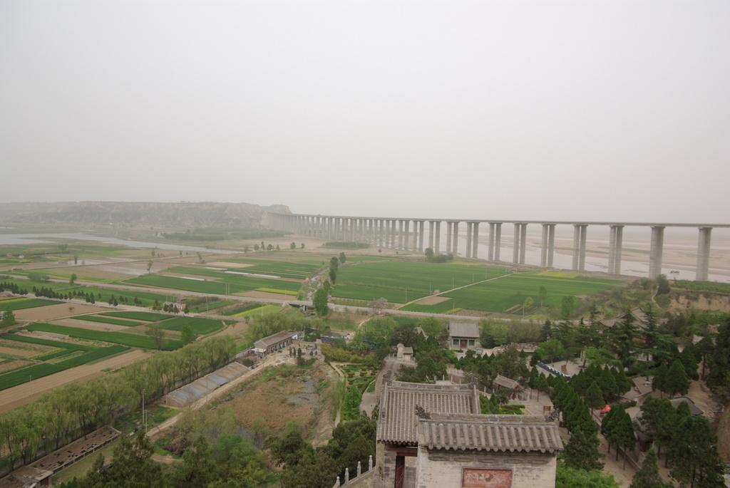 大黄河、そして現代中国_e0108787_6412220.jpg