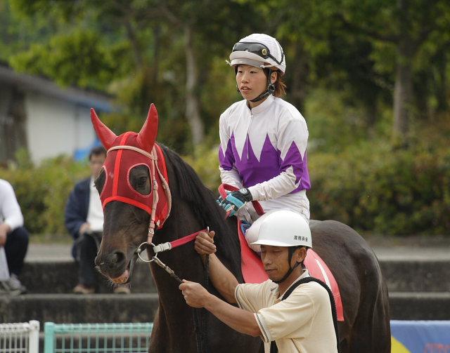 2007年4月30日(月) 高知競馬 10R 忘れな草特別_a0077663_17523211.jpg