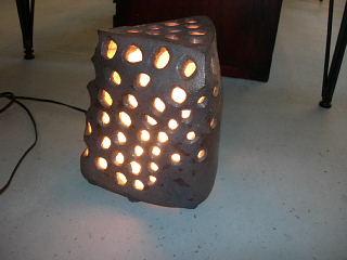 陶のランプ_e0109554_19292566.jpg