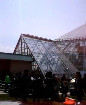 函館市熱帯植物園がリニューアルオープン!_b0106766_15234954.jpg