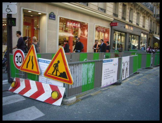 ■VELIB(パリ)_a0008105_8241691.jpg