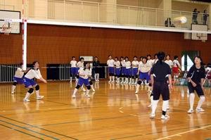 練習試合【バレーボール】_d0010630_1494898.jpg