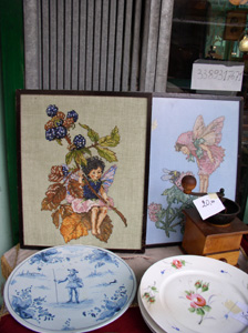 チョンピ広場の骨董店_f0106597_5355965.jpg