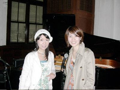 ボーカルのMitsukoさんと_d0052485_21432367.jpg