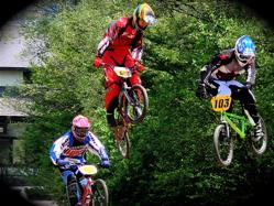 2007環太平洋BMX選手権大会IN 上越プレ大会スーパークラス予選の画像垂れ流し_b0065730_1125226.jpg