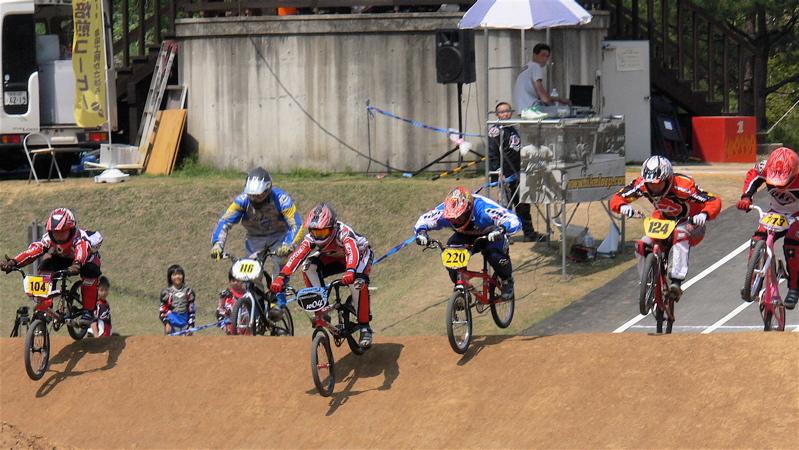 2007環太平洋BMX選手権大会IN 上越プレ大会スーパークラス予選の画像垂れ流し_b0065730_11312768.jpg