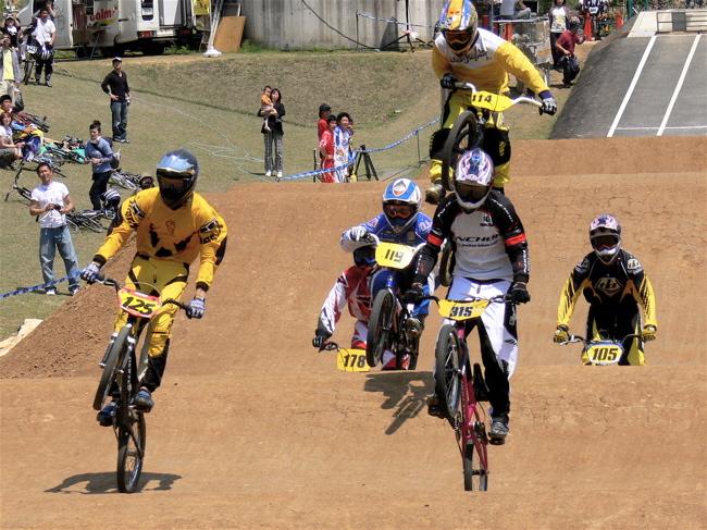 2007環太平洋BMX選手権大会IN 上越プレ大会スーパークラス予選の画像垂れ流し_b0065730_11451167.jpg