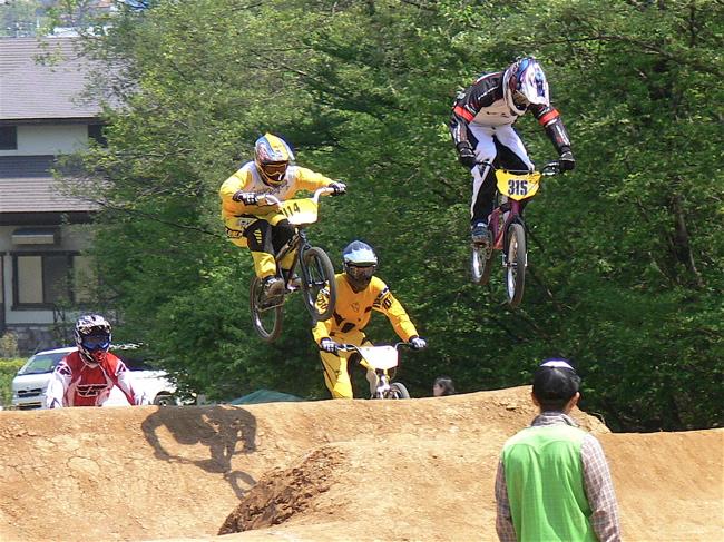 2007環太平洋BMX選手権大会IN 上越プレ大会スーパークラス予選の画像垂れ流し_b0065730_11454633.jpg
