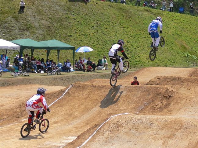 2007環太平洋BMX選手権大会IN 上越プレ大会スーパークラス予選の画像垂れ流し_b0065730_1149444.jpg