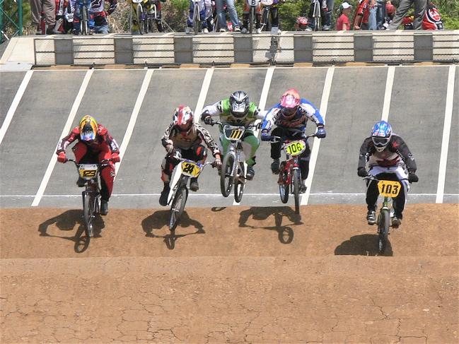 2007環太平洋BMX選手権大会IN 上越プレ大会スーパークラス予選の画像垂れ流し_b0065730_11594910.jpg