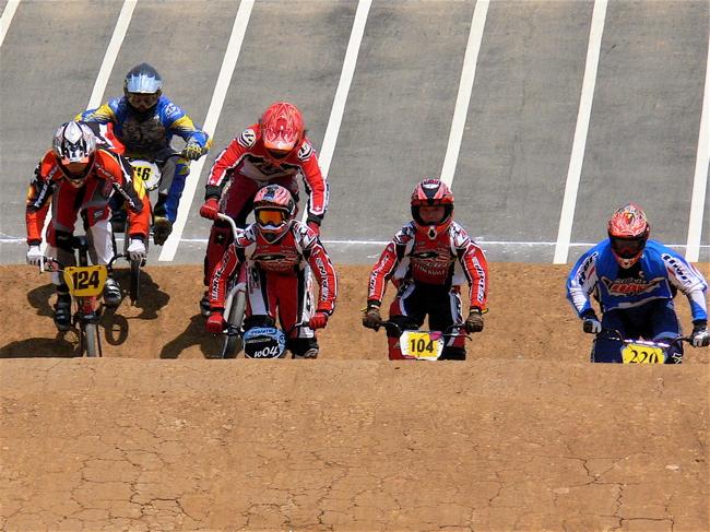 2007環太平洋BMX選手権大会IN 上越プレ大会スーパークラス予選の画像垂れ流し_b0065730_1174612.jpg
