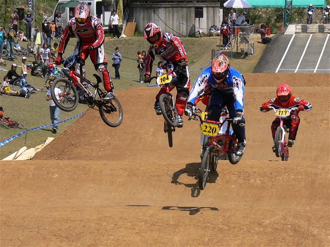 2007環太平洋BMX選手権大会IN 上越プレ大会スーパークラス予選の画像垂れ流し_b0065730_11805.jpg