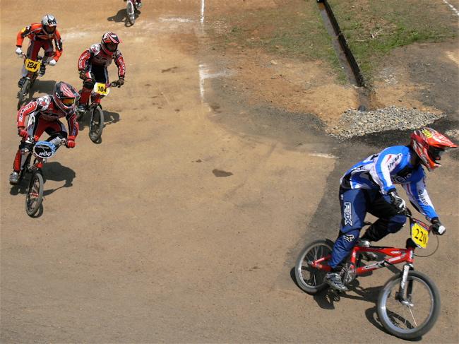 2007環太平洋BMX選手権大会IN 上越プレ大会スーパークラス予選の画像垂れ流し_b0065730_1181224.jpg