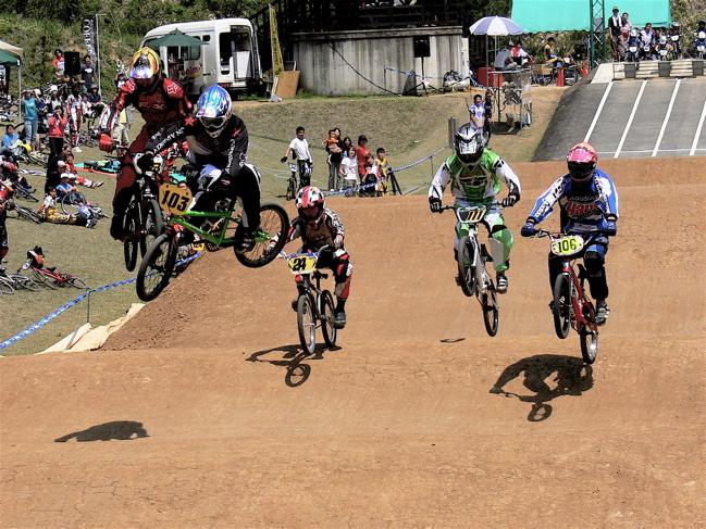2007環太平洋BMX選手権大会IN 上越プレ大会スーパークラス予選の画像垂れ流し_b0065730_1204046.jpg