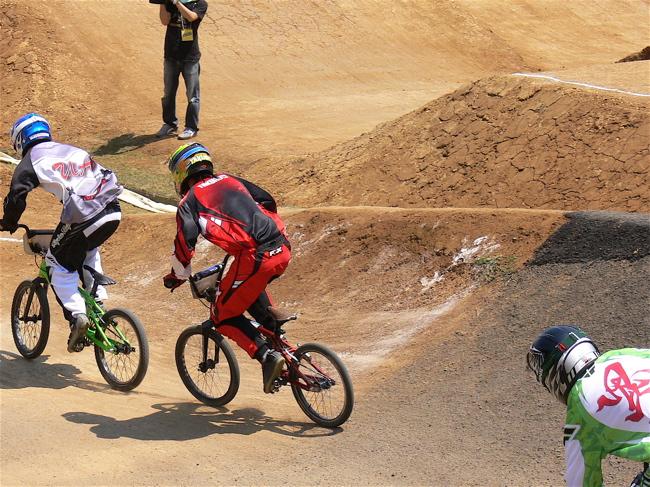 2007環太平洋BMX選手権大会IN 上越プレ大会スーパークラス予選の画像垂れ流し_b0065730_1212596.jpg