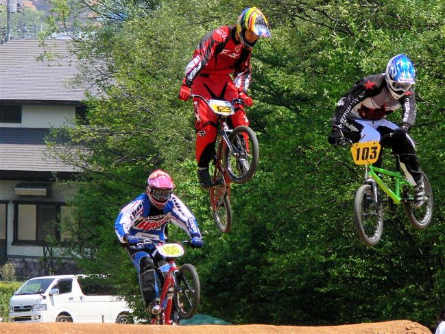 2007環太平洋BMX選手権大会IN 上越プレ大会スーパークラス予選の画像垂れ流し_b0065730_1214353.jpg