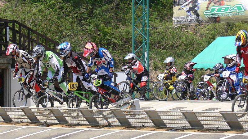 2007環太平洋BMX選手権大会IN 上越プレ大会スーパークラス予選の画像垂れ流し_b0065730_1224862.jpg