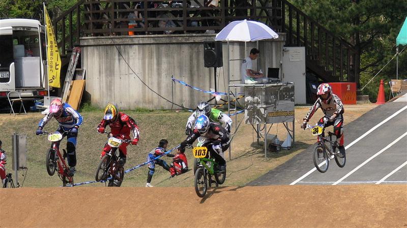 2007環太平洋BMX選手権大会IN 上越プレ大会スーパークラス予選の画像垂れ流し_b0065730_1263659.jpg
