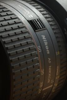 24-85mm F2.8-4D_f0018464_15341944.jpg