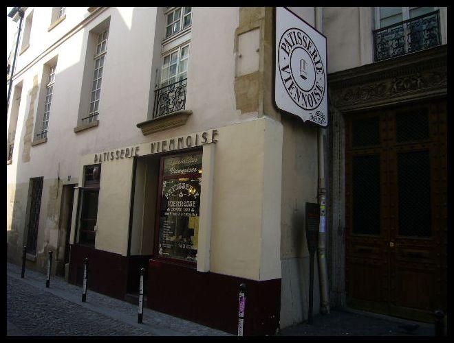 ■街角のスイーツPATISSERIE VIENNOISE(パリ)_a0014299_64259100.jpg