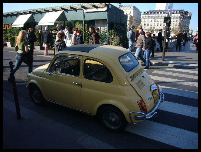 ■街角の車(パリ)_a0008105_6354698.jpg