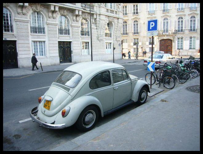 ■街角の車(パリ)_a0008105_6363254.jpg