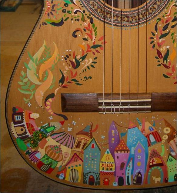 クラシックギターに絵描きました。部分1_d0042847_20132564.jpg