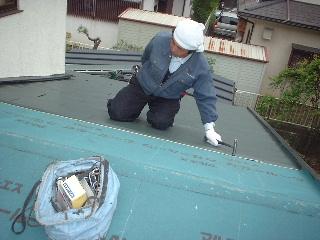 屋根改修工事 3 日め_f0031037_19445343.jpg