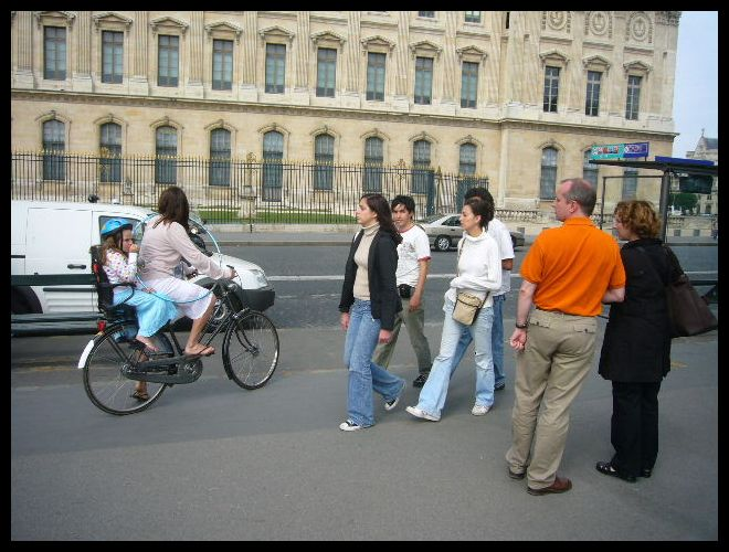 ■街角の自転車(パリ)_a0008105_631825.jpg