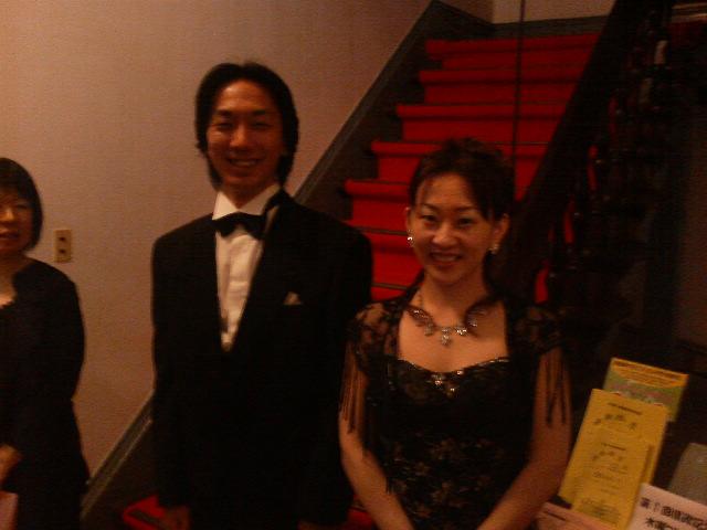 県政記念館 第2回木曜コンサート!_e0046190_035841.jpg