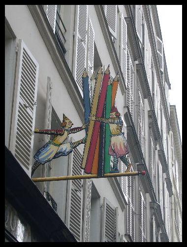 ■街角の看板(パリ)_a0008105_0342141.jpg