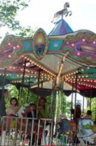 マンハッタンの隠れイベント、移動遊園地の見つけ方_b0007805_20205996.jpg
