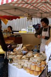 【旅日記:その4】 ダブリンのマーケット。_d0028589_234257.jpg