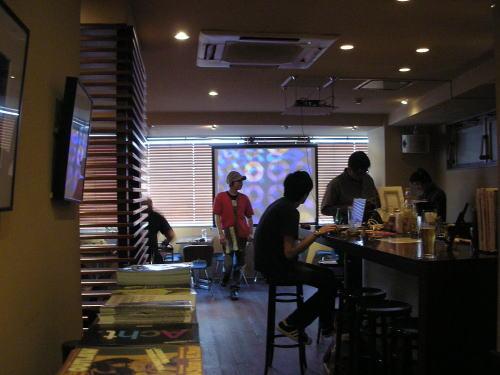 2007-05-13 HI-FI vol.28@渋谷「CAFE & DINER スタジオ」_e0021965_1995356.jpg