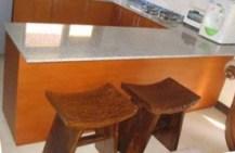 本箱とテレビ台(バリの家)_d0083068_8152940.jpg