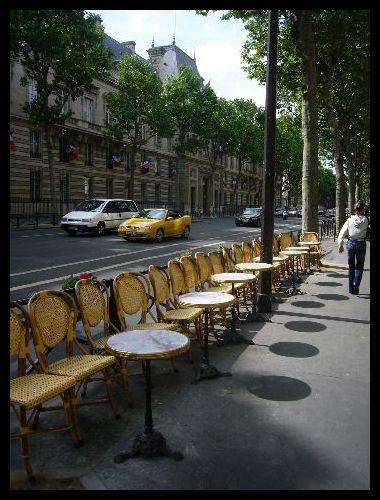 ■街角のキャフェ(パリ)_a0014299_5565855.jpg