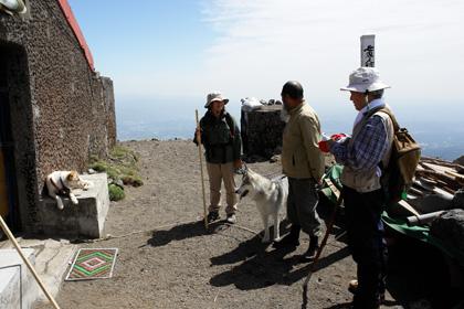 5月14日 ツツジはまだかいな~♪in Mt.Takachiho_c0049299_12262487.jpg