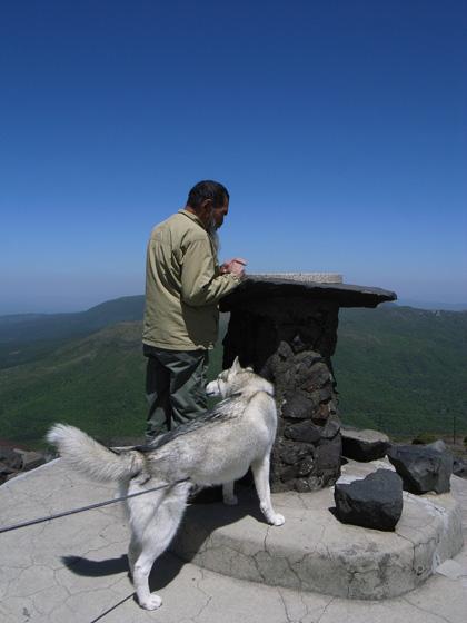 5月14日 ツツジはまだかいな~♪in Mt.Takachiho_c0049299_12274021.jpg