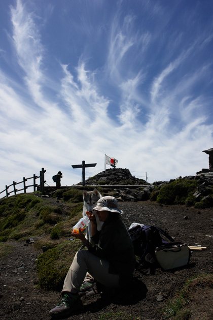 5月14日 ツツジはまだかいな~♪in Mt.Takachiho_c0049299_12274951.jpg