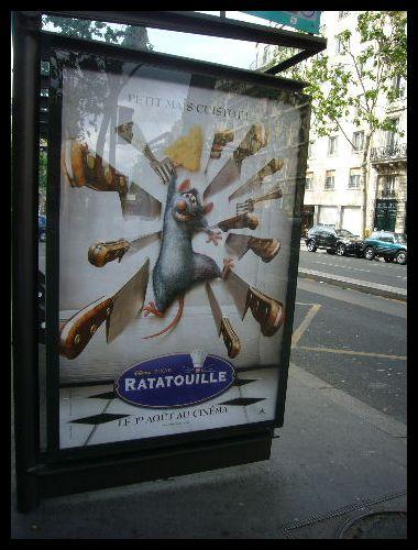 ■街角の広告(パリ)_a0008105_1992369.jpg