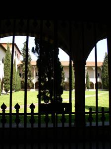展示室に入りました~フィレンツェ、サンタ・マリア・ノヴェッラ薬局~_f0106597_19281021.jpg